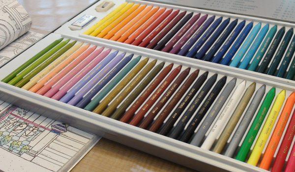 サクラクレパスのクーピーペンシルで塗り絵とをしてみました エイミーのアトリエ